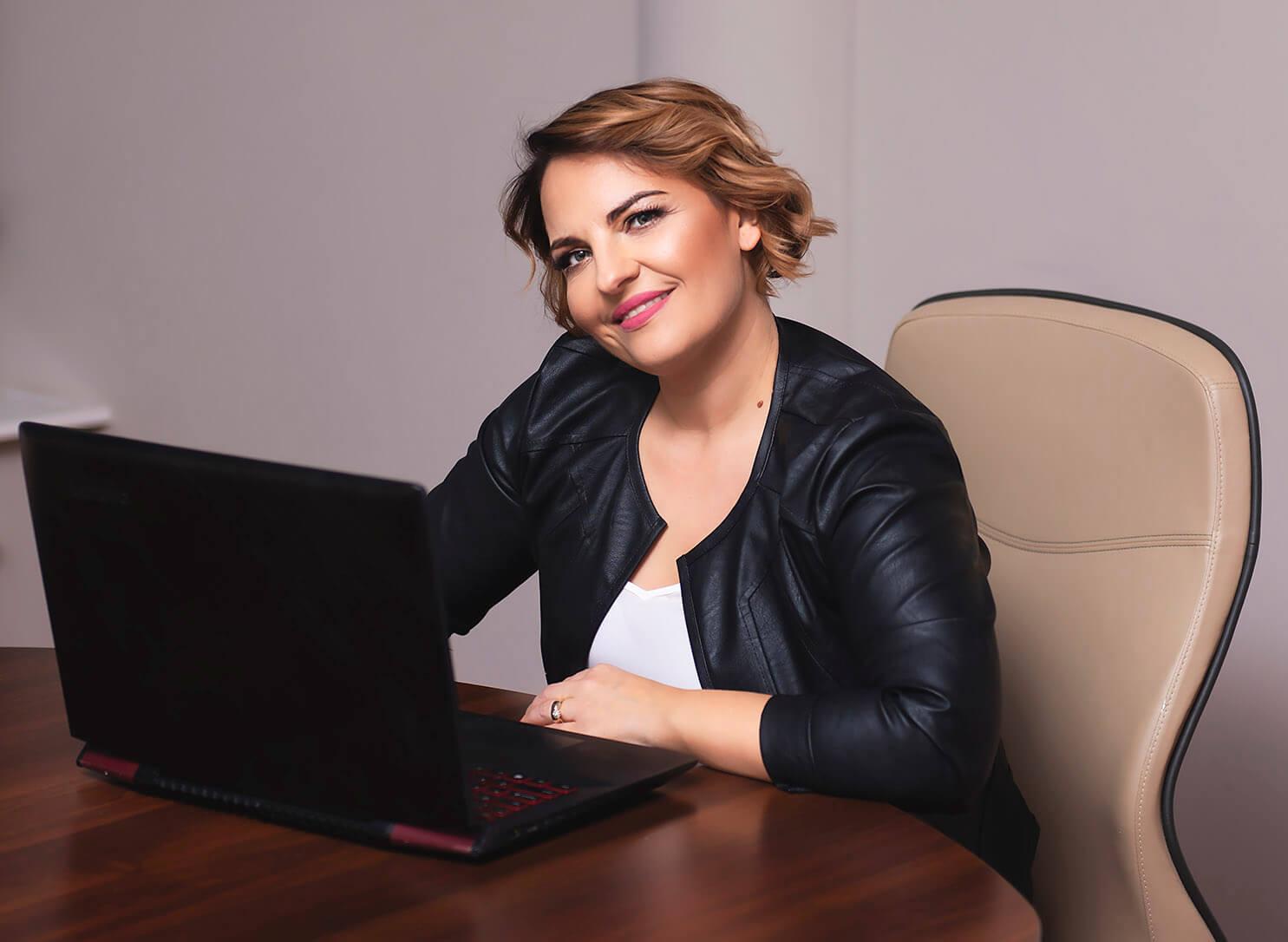 Barbara Gnoza Copywriter